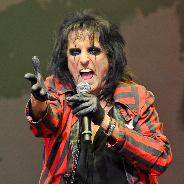 Alice Cooper come Willy Wonka, il re del cioccolato