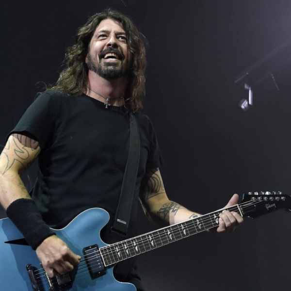Foo Fighters, Dave Grohl  sogna i Nirvana