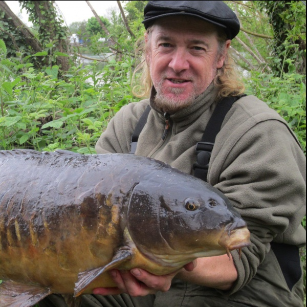 Iron Maiden: Adrian Smith e i riff di...pesca!