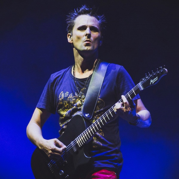 Matt Bellamy, ascolta la cover di 'Bridge Over Troubled Water'
