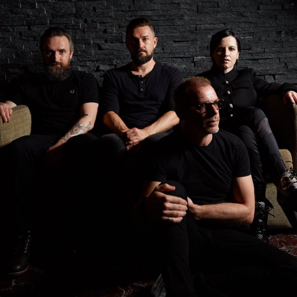 The Cranberries, ascolta 'Wake Me When It's Over'
