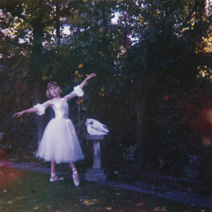 "04. Wolf Alice - ""Visions Of A Life"""