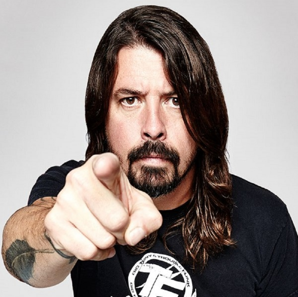 Dave Grohl suona i Van Halen con The Bird & The Bee
