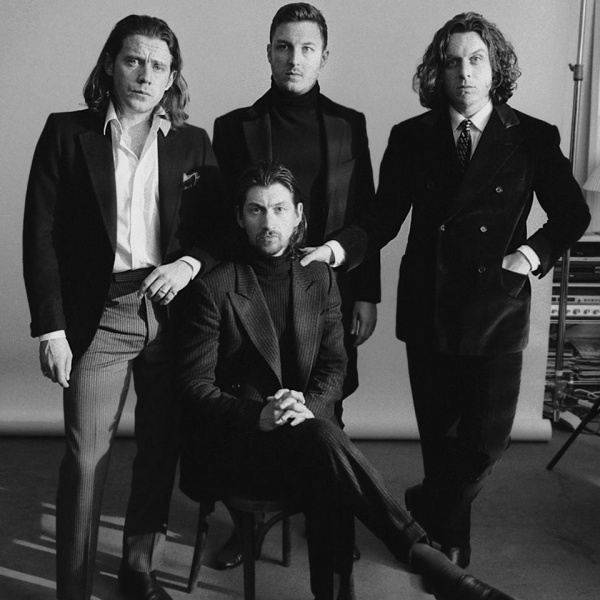 Arctic Monkeys, guarda il video di 'Four Out Of Five'