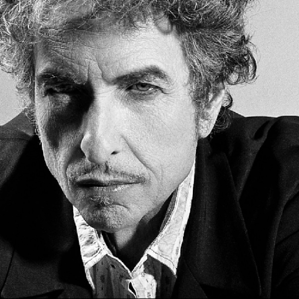 Bob Dylan primo in classifica: non era mai successo
