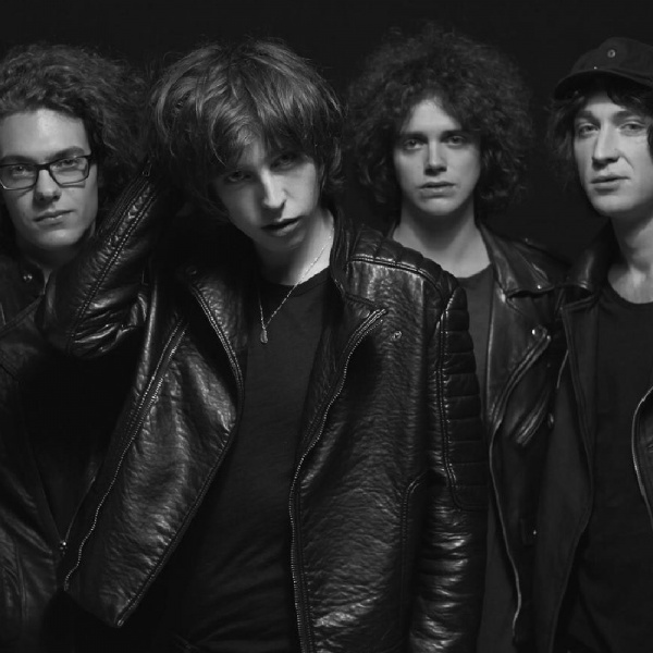 Catfish and The Bottlemen in Italia