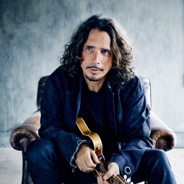 Chris Cornell canta Johnny Cash