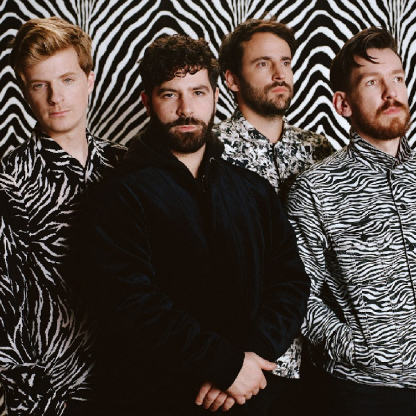 Foals, per 'Wash Off' video educativo per il COVID-19