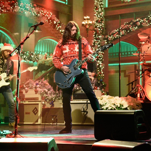 Foo Fighters conciati per le feste