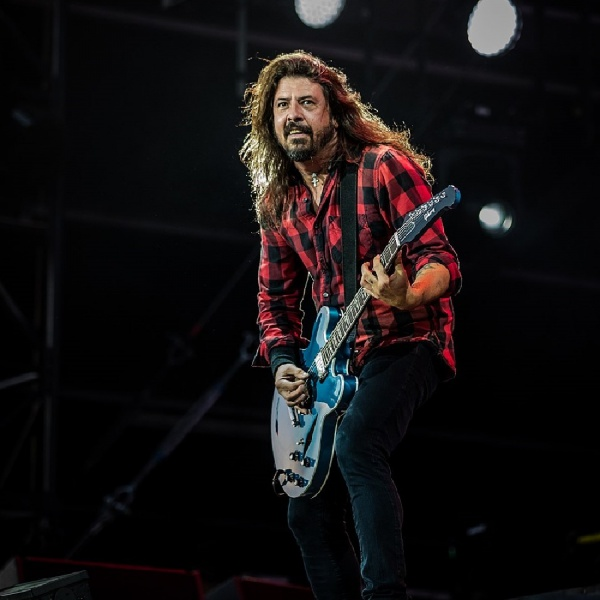 Foo Fighters, Dave Grohl ha un problema con i fantasmi