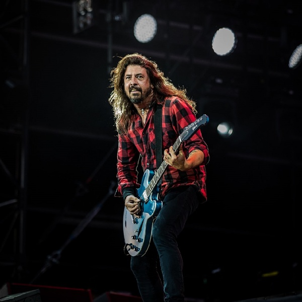 "Foo Fighters, le celebrazioni per i 25 passano dal ""The Van Tour"""