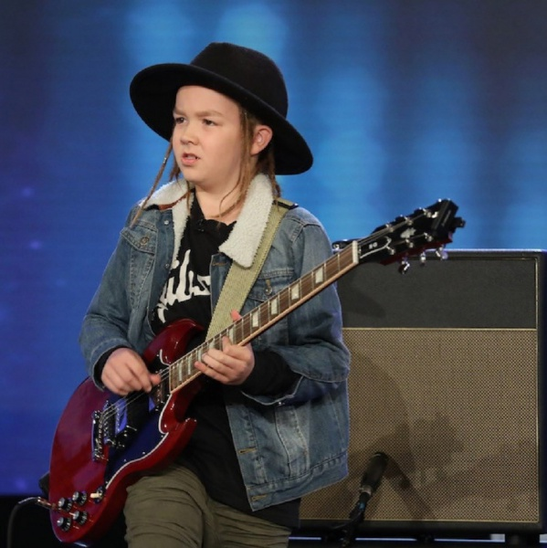 Guns N'Roses, 'Sweet Child O' Mine' suonata dal bambino prodigio Taj Farrant