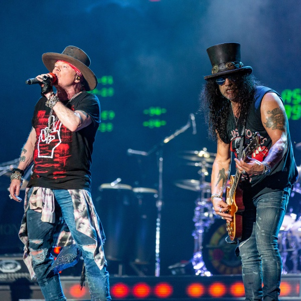 I Guns N' Roses lanciano una serie di concerti in streaming