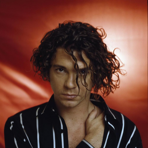 "Inxs, due inediti nel documentario su Hutchence: ""Mistify"""