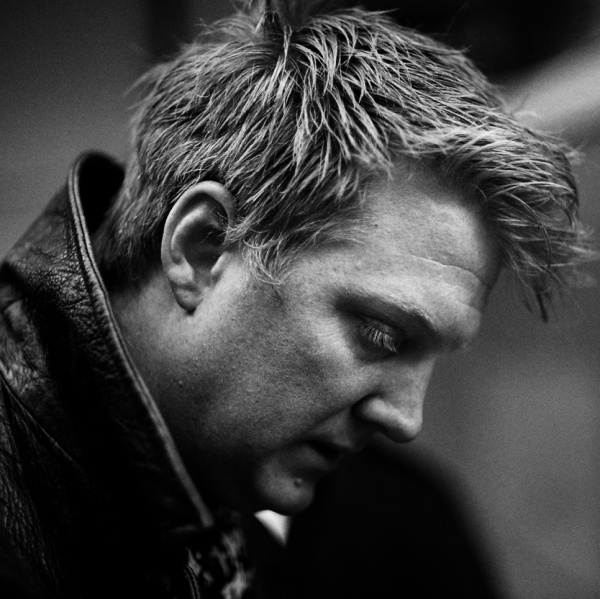 Josh Homme invita sul palco...Spiderman