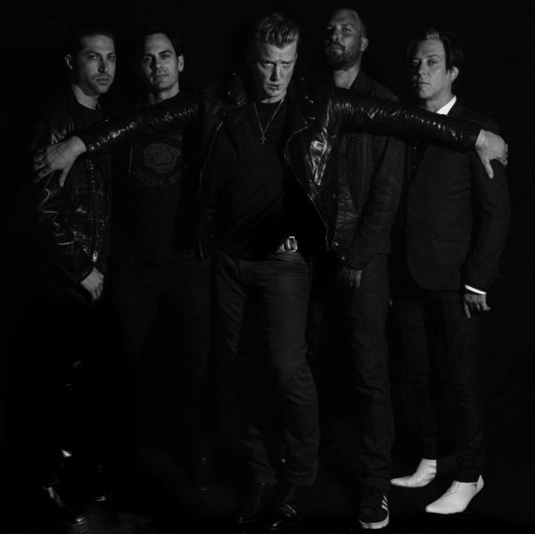 Queens Of The Stone age in acustico al MONA
