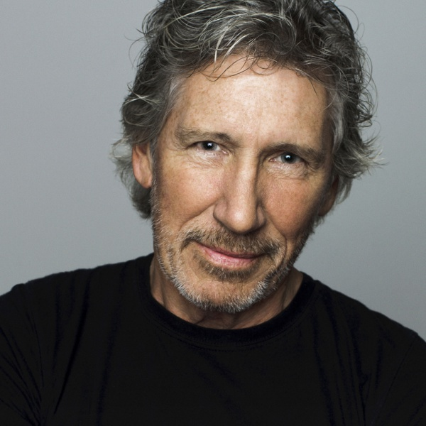 Roger Waters, ascolta 'Two Suns In The Sunset' a distanza
