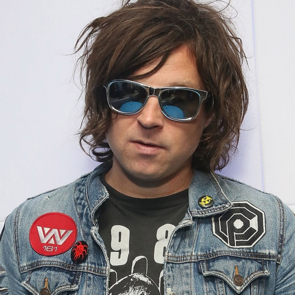 Ryan Adams interpreta i Rolling Stones