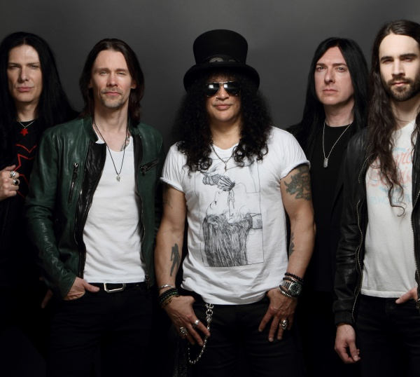 Slash ritorna con Myles Kennedy & The Conspirators