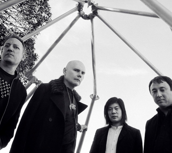 Smashing Pumpkins, guarda il video di 'Solara' e i filmati del primo live