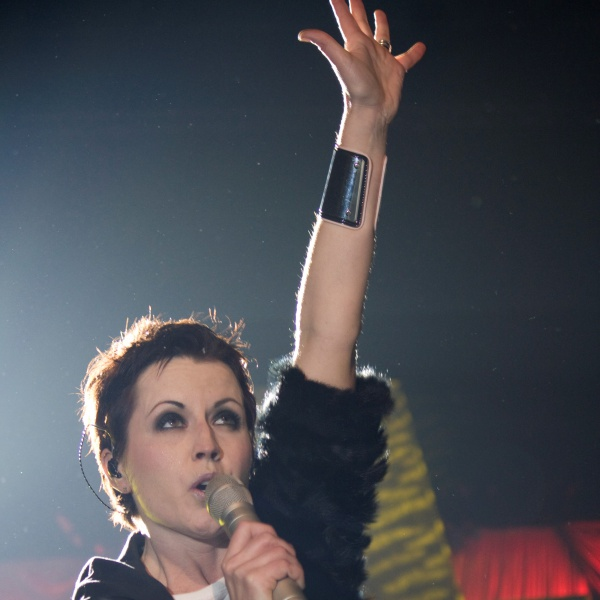 The Cranberries, rivelate le cause della morte di Dolores O'Riordan