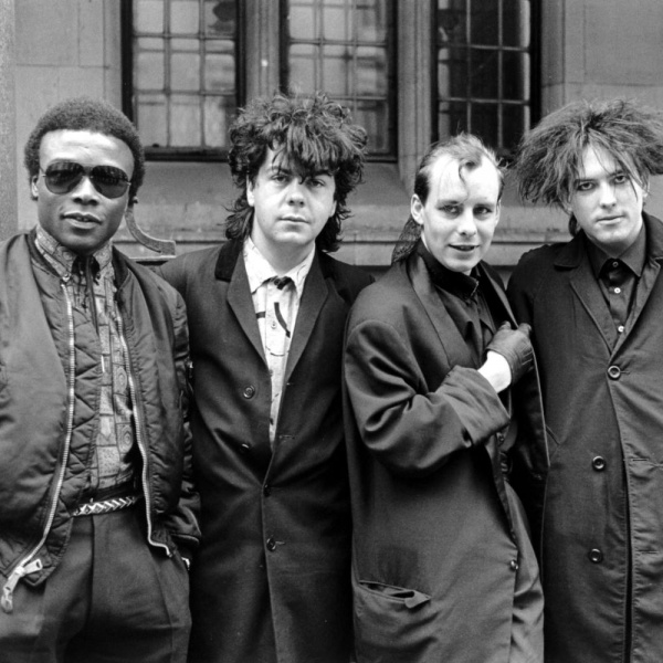 The Cure, addio ad Andy Anderson